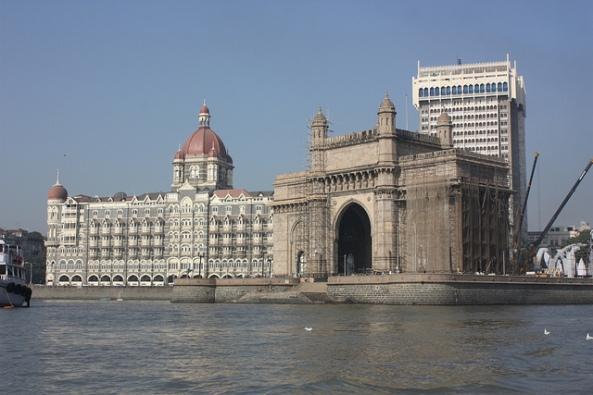 Bombay -  Arian Zwegers  CC By